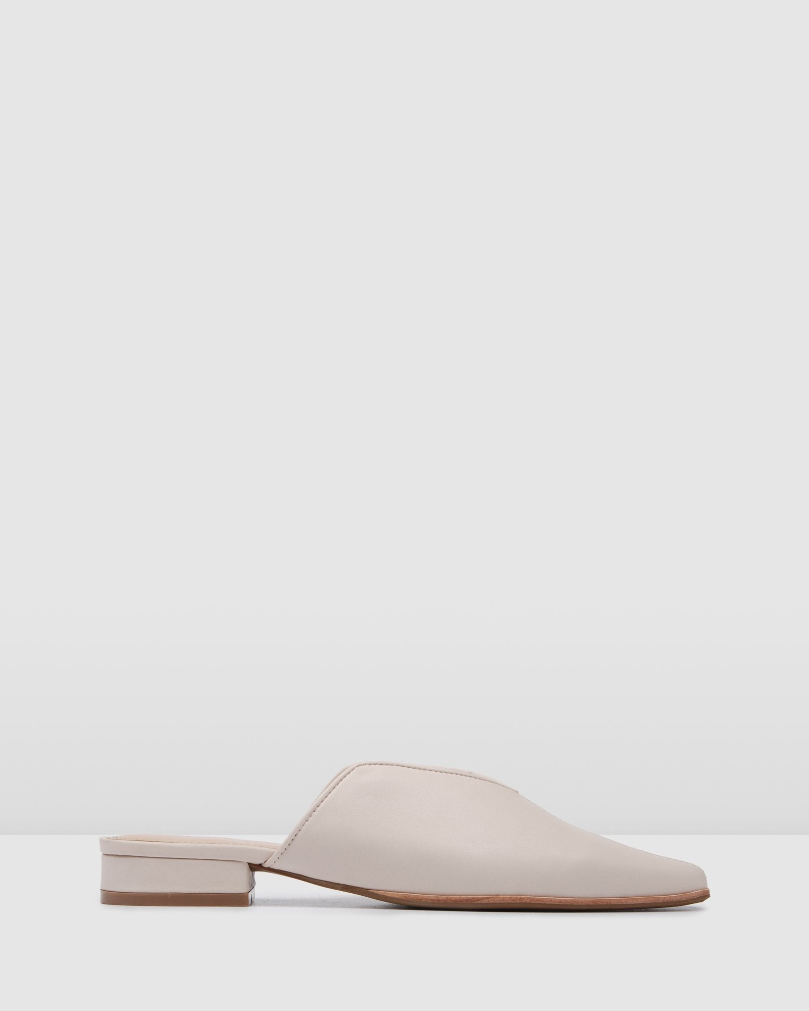 PIGALLE DRESS FLATS BONE LEATHER