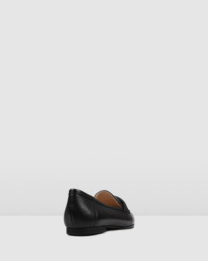 SASKIA CASUAL FLATS BLACK LEATHER