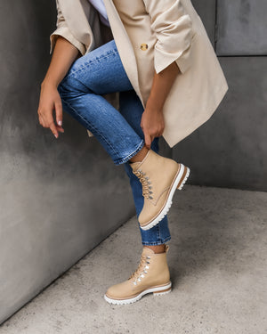 BURLEIGH FLAT ANKLE BOOTS NATURAL