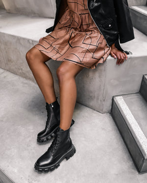 MILAN FLAT ANKLE BOOTS BLACK LEATHER