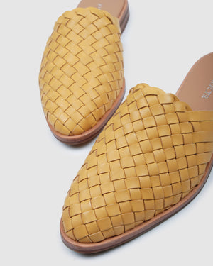 WEAVER CASUAL FLATS MUSTARD LEATHER