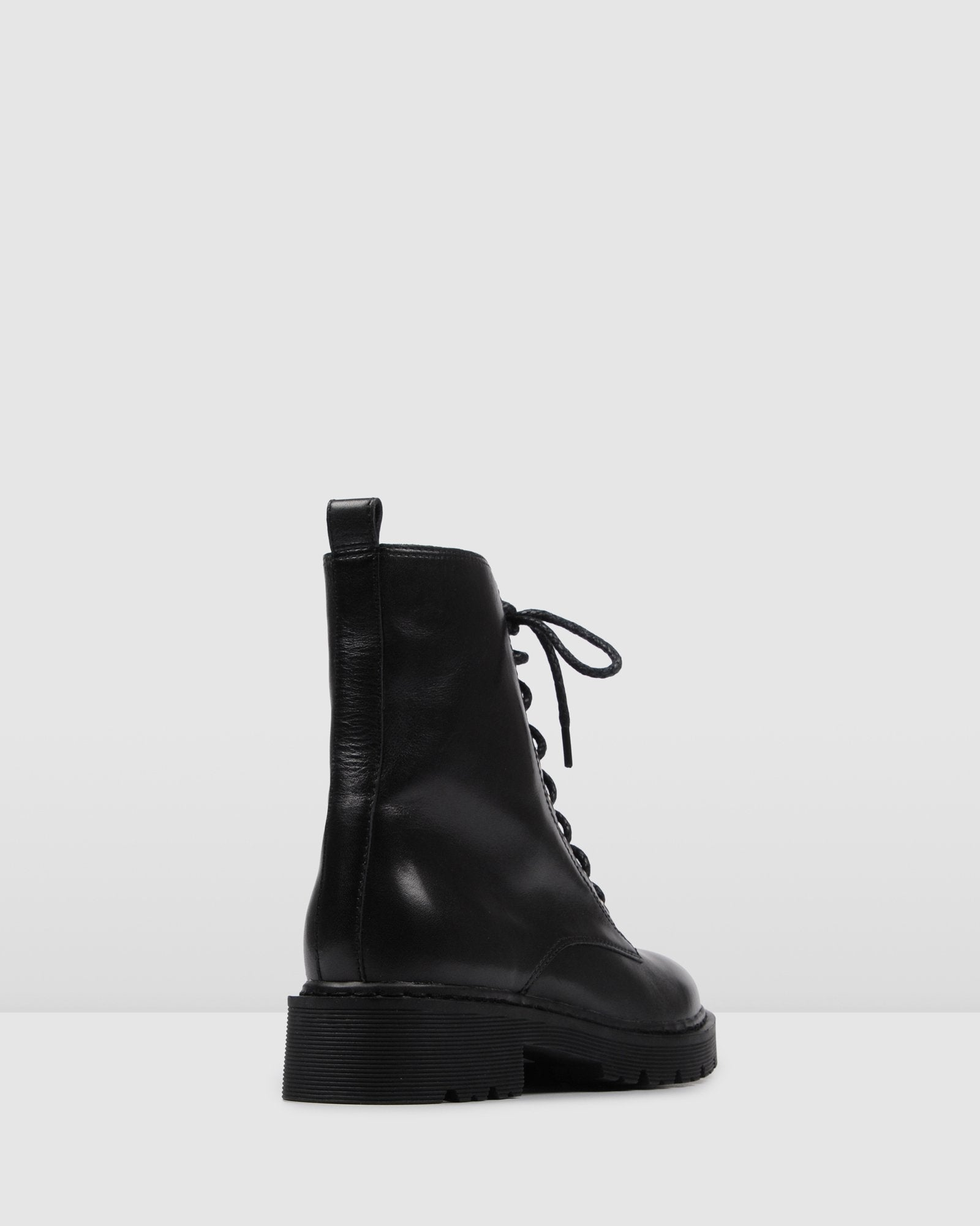 ZIGGY FLAT ANKLE BOOTS BLACK LEATHER