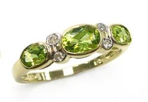 9ct Yellow Gold Peridot (Oval 3X5, 4X6) & Dia 0.06ct Ring