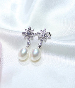 Vintage Flower Diamond and Freshwater Pearl Earrings.