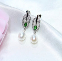Load image into Gallery viewer, Vintage Emerald and Freshwater Pearl Earrings.