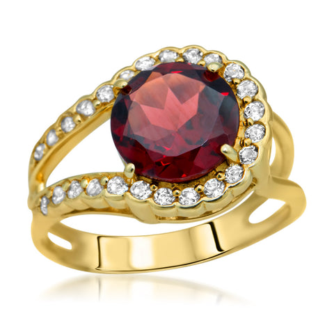 14K Yellow Gold Ring with Garnet