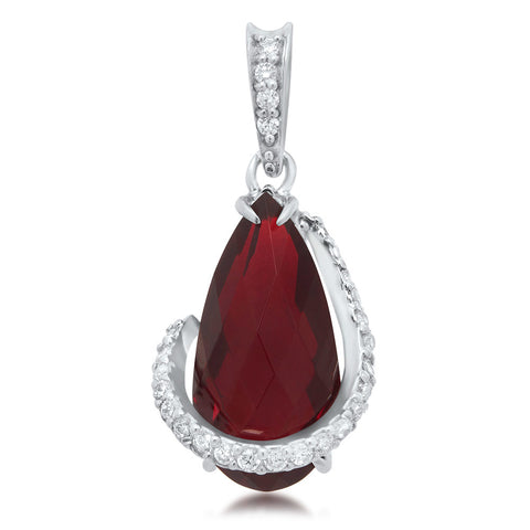 925 Silver Pendant with Garnet
