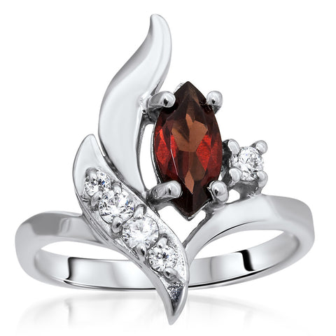 875 Silver Ring with Garnet