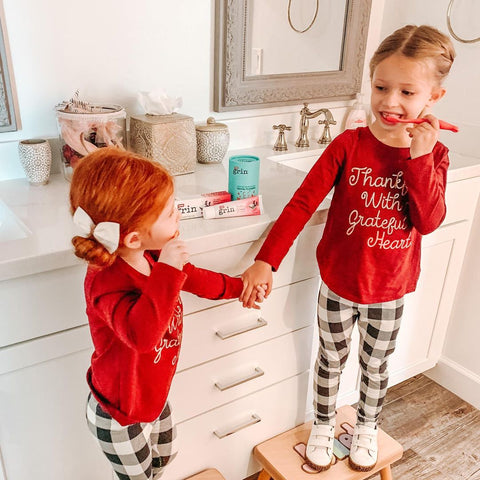 grin natural, Children's Teeth Healthy, holiday gifts for kids, 5 Ways to Keep Your Children's Teeth Healthy this Holiday Season