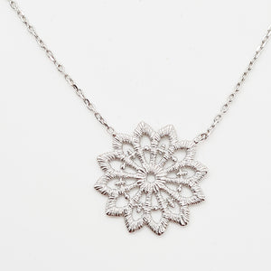 Silver Dentelle Necklace