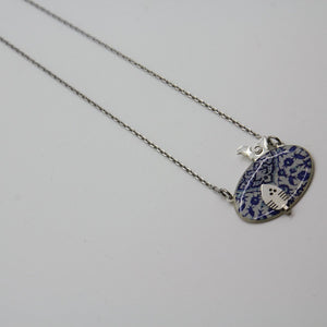 Delicate Patterns Silver Necklace - Yalda Concept Store Persan