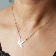 Load image into Gallery viewer, Diba Little Bird Necklace - Yalda Concept Store Persan