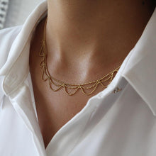 Load image into Gallery viewer, Elegant Leaf Necklace - Yalda Concept Store Persan