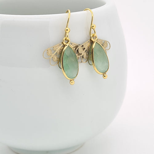 Graceful Little Light Green Quartz Earrings - Yalda Concept Store Persan