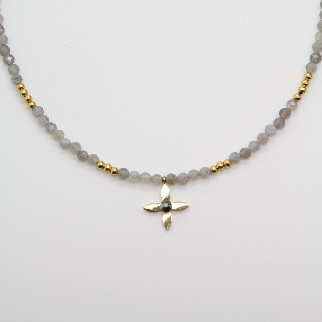 Little Gray Natural Stones Necklace - Yalda Concept Store Persan