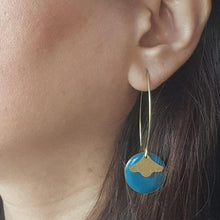 Load image into Gallery viewer, Little Light Minimalist Earrings - Yalda Concept Store Persan