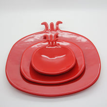 Load image into Gallery viewer, Pomegranate Medium Plate - Yalda Concept Store Persan