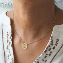 Load image into Gallery viewer, Raha Flower Necklace - Yalda Concept Store Persan