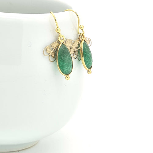 Splendid Little Green Quartz Earrings - Yalda Concept Store Persan