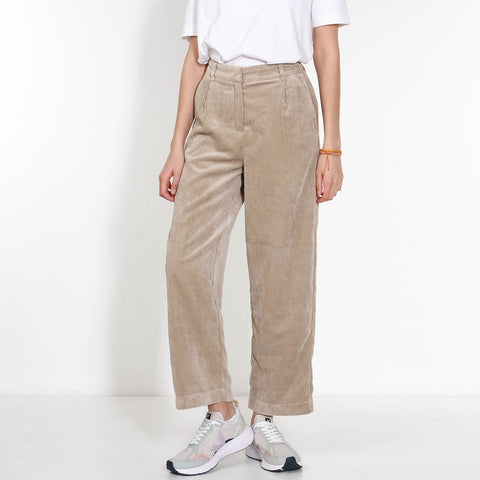 Charis Jeppi HW Ankle Pants white pepper