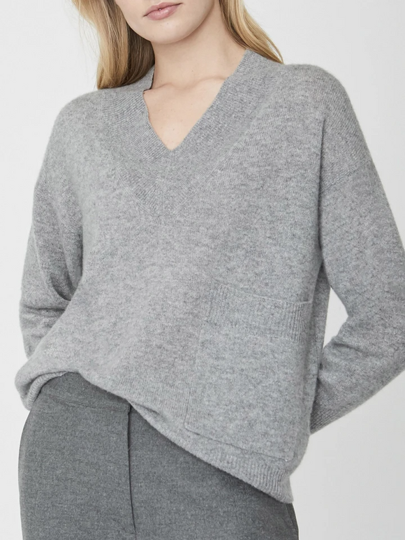 Nils Vneck Sweater