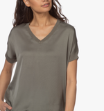 Silk Knit V-neck Tee by Repeat