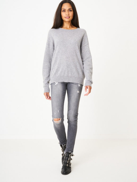 Cashmere Pullover with Tiger Glitter Print