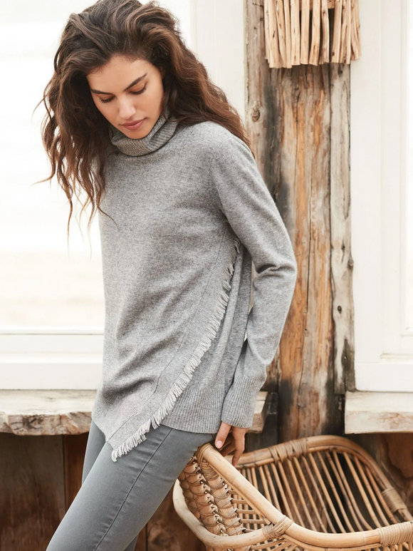 Cashmere Wool Turtleneck with Fringe