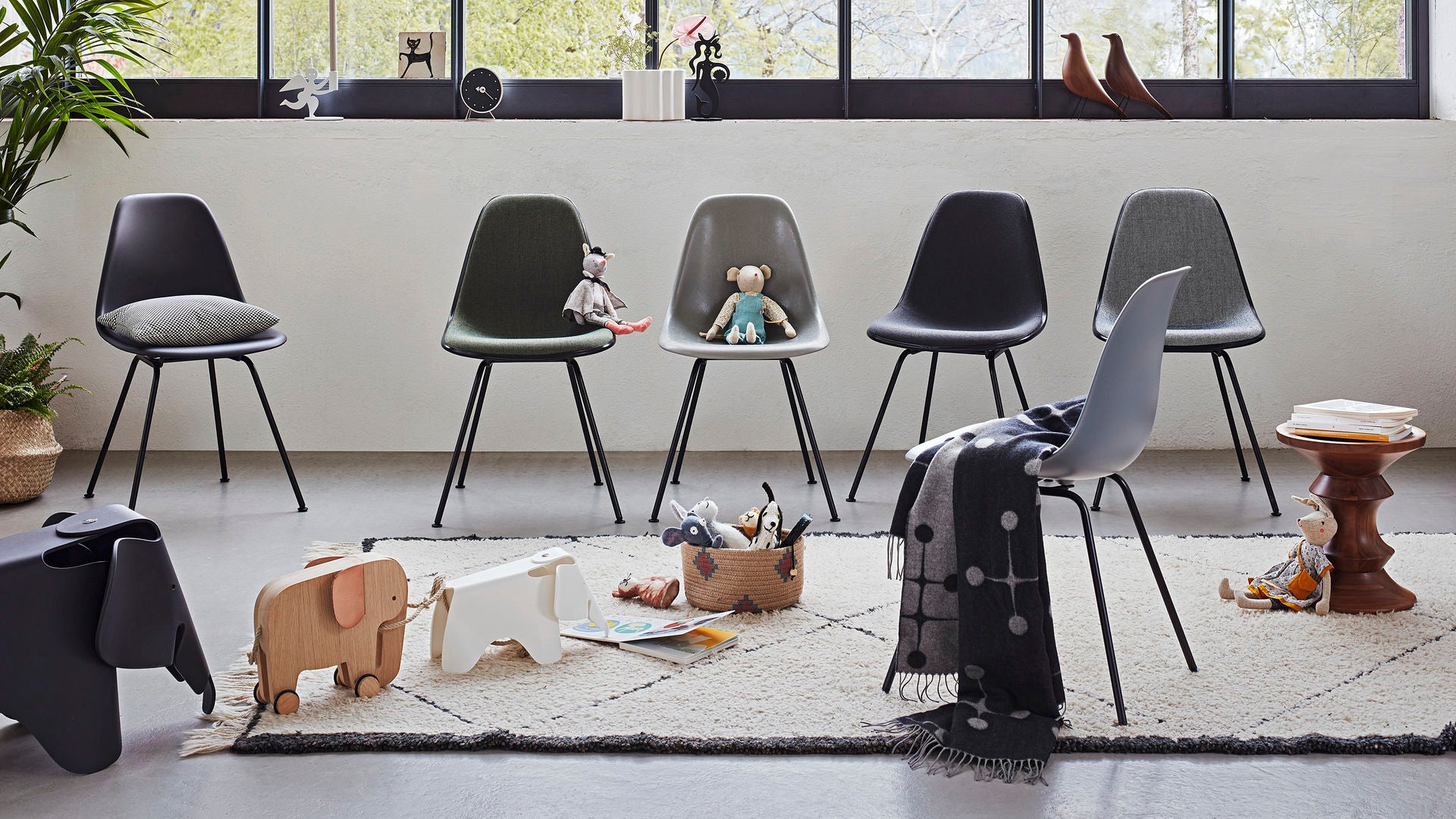 Eames Elephant Small - Wit