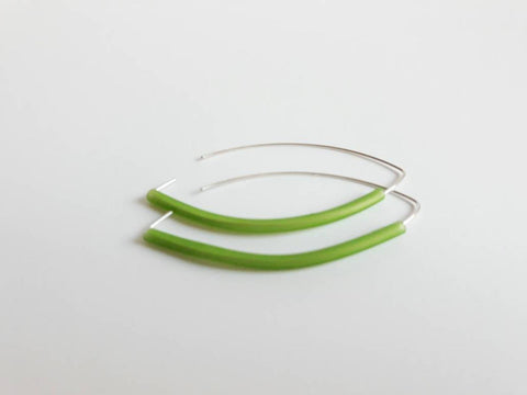 Long drop silver plated with Lime green rubber 7cm drop