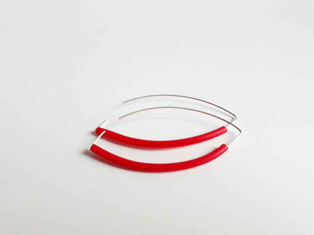 Long drop silver plated earrings with red rubber tubing 7cm long
