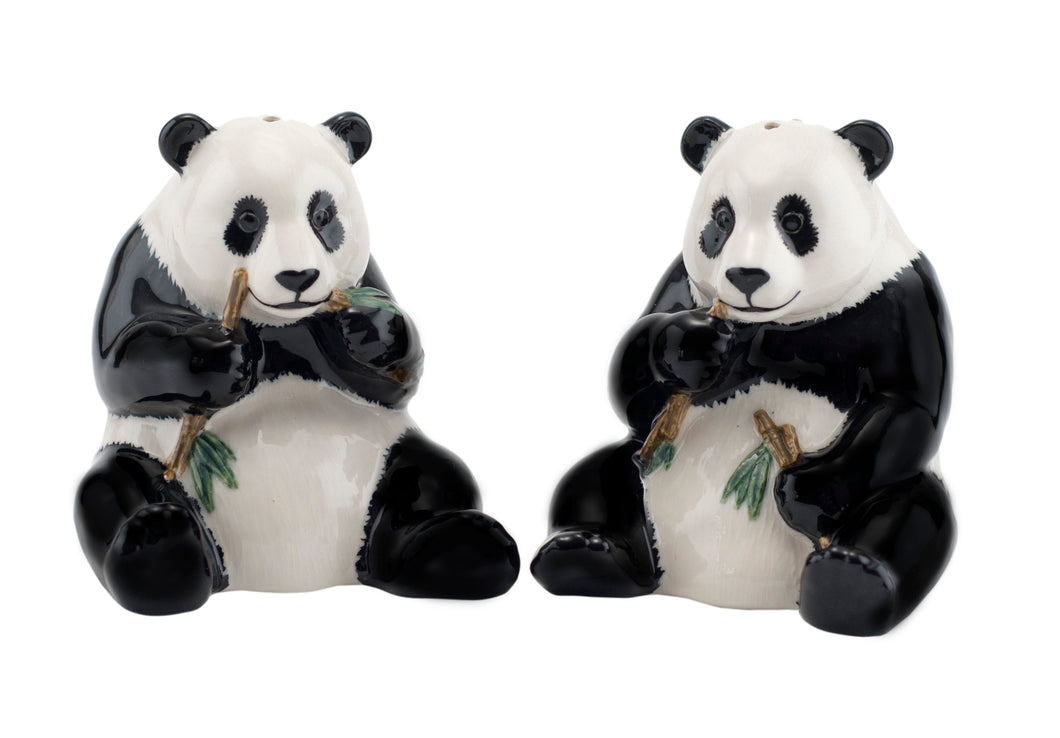 9cm Panda salt and pepper set. Handpainted stoneware. Dishwasher safe.