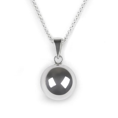 Silver Plated necklace with round 2cm diameter gentle chime