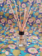 Load image into Gallery viewer, flux glass bottle reed diffuser
