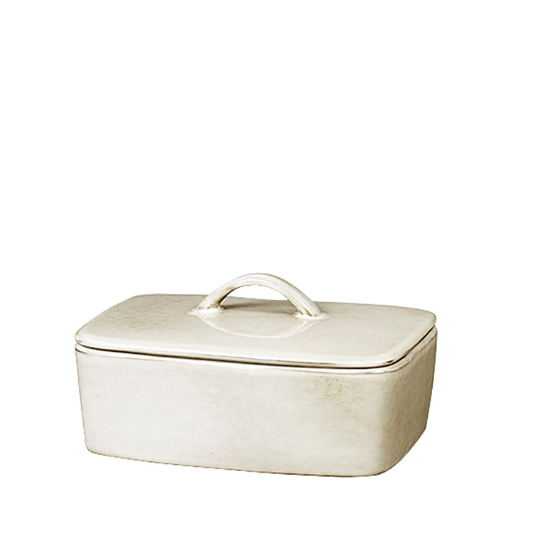 sand coloured butter dish with lid in ceramic from Broste
