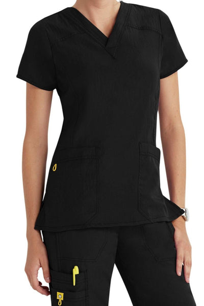 WonderWink Plus Size Scrub Top Four-Stretch Sporty V-Neck in Black at Parker's Clothing and Shoes