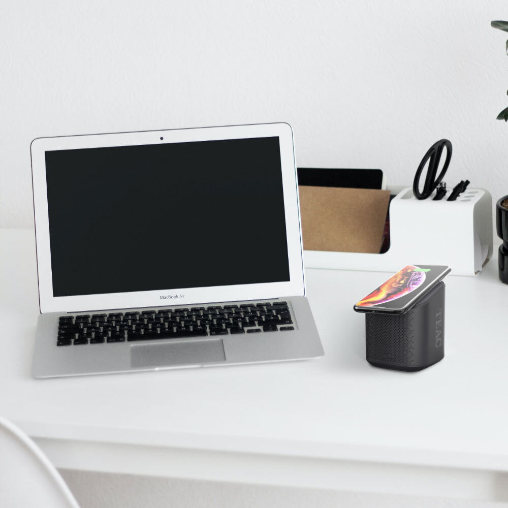 EECUBE Micro Wireless Projector