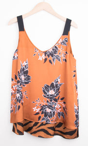 Top Orange mit Blumen