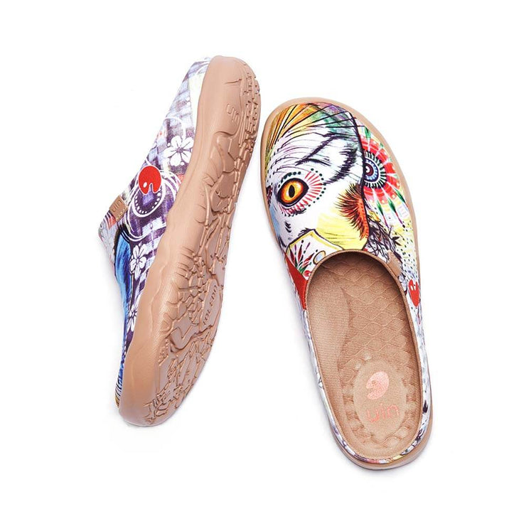 UIN Footwear Women Cheer Up Slipper Canvas loafers