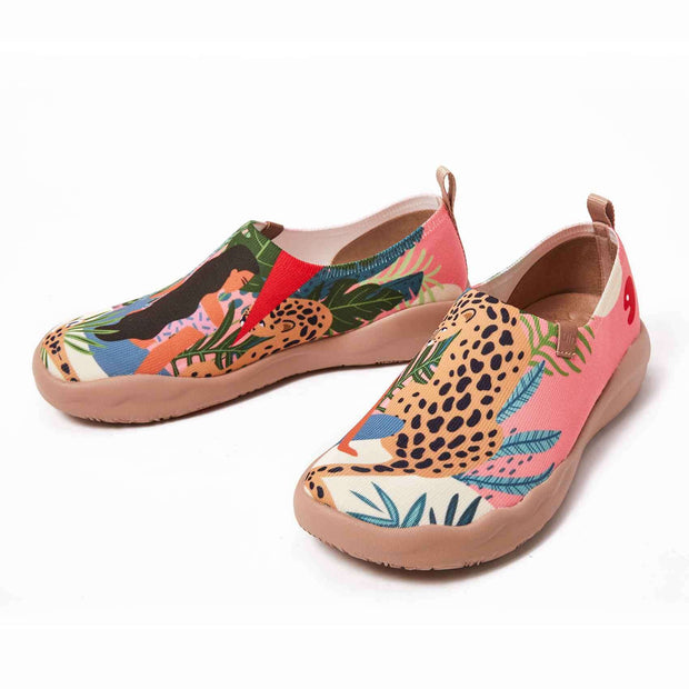UIN Footwear Women Leopard & Beauty Canvas loafers