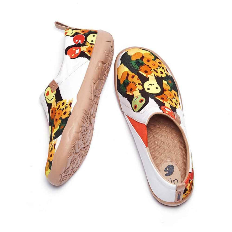 UIN Footwear Women Mona Lisa with flowers Canvas loafers