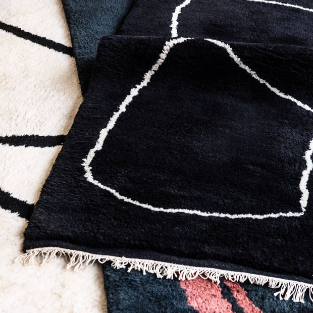 Connection Black Hand Knotted 100% Wool Rug