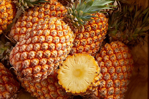 How to Pick the Best Pineapples