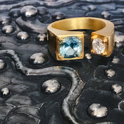 Hand carved 18k gold ring with a large Brazilian Aquamarine and a brilliant cut white diamond by Jane Bartel Jewelry