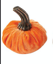 Load image into Gallery viewer, Mini Velvet Pumpkin Place Card Holder