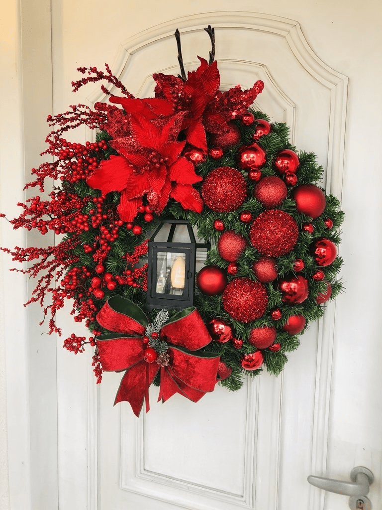 Elegant Red Christmas Wreath