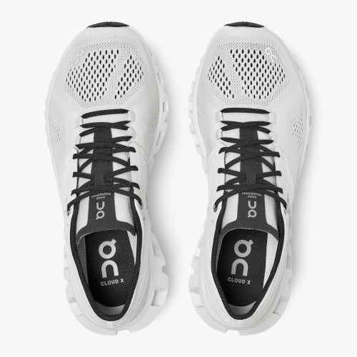 On Running Women's Cloud X Trainer