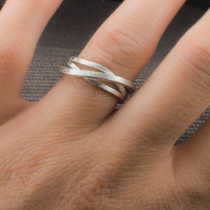 "Ring ""Stages"" in white gold ring"