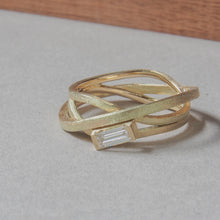 Load image into Gallery viewer, Ring Stages with diamond in 14k gold