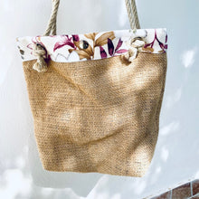 Load image into Gallery viewer, UPCYCLED ♻️ VAICACAO Medium BAG · Eco-friendly choices
